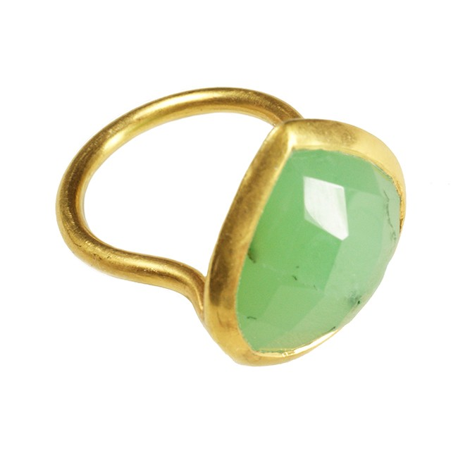 Candy Pear Ring Chrysoprase
