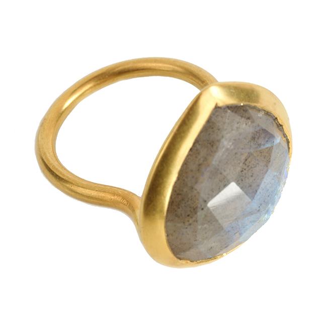 Candy Pear Ring Labradorite
