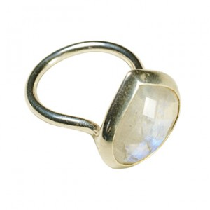 Candy Pear Ring Moonstone Silver