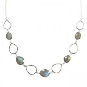 Esme Necklace Labradorite Silver