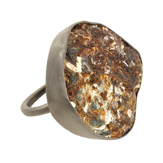 Tallulah Cocktail Ring Black Rhodium Star Leaf