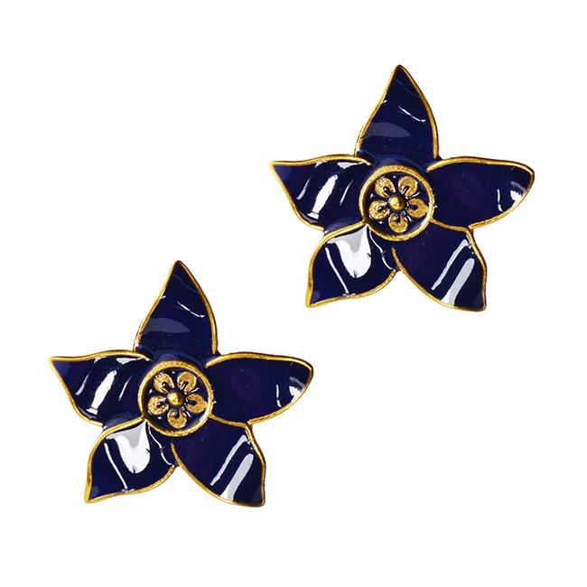 eloise-gold-stud-flower-earrings-navy