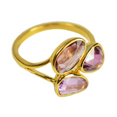 Gold Ring Pink Sapphire