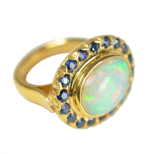 Cocktail Ring Opal Blue Sapphire