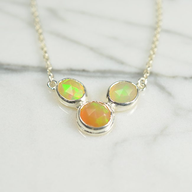 Tara Necklace Opal Silver