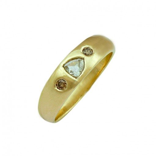 Gold Celebration Ring Diamond