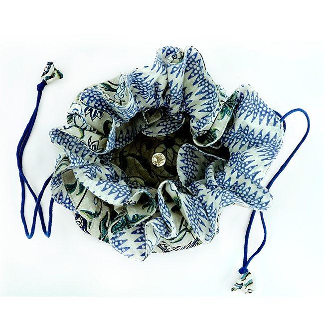 travel jewellery bag blue white