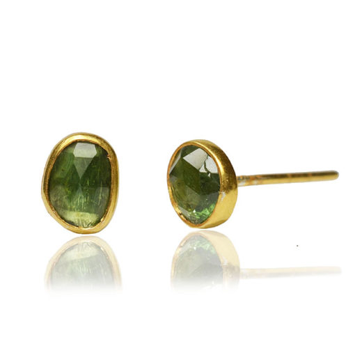 green tourmaline stud earrngs