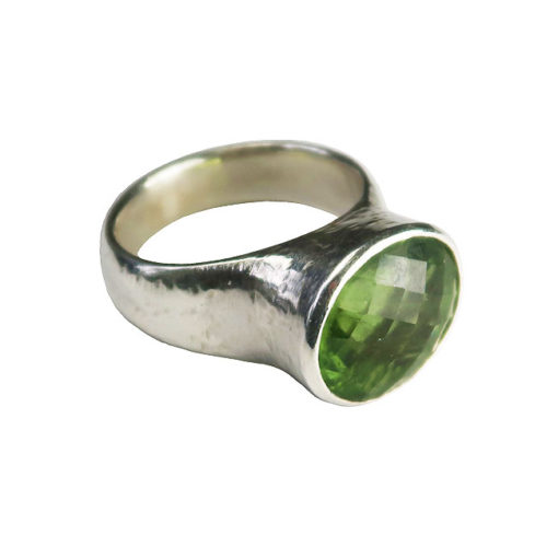 green tourmaline silver cocktail ring
